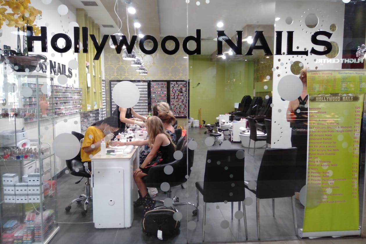 Hollywood Nails - Brunswick