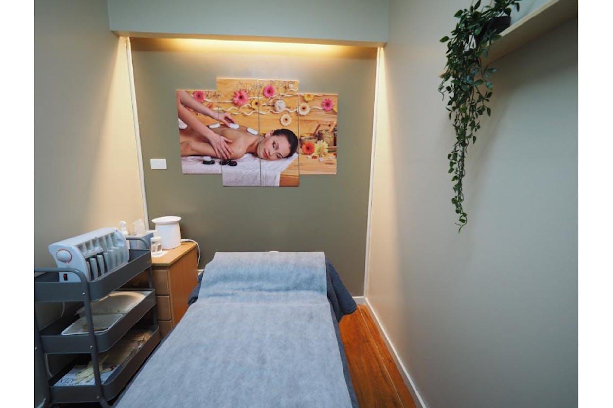 Zen Beauty Spa & Massage image 4