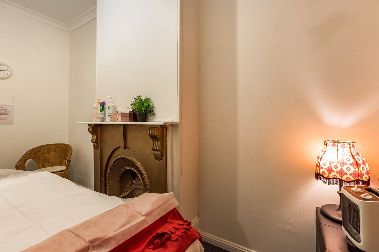 668 Massage & Acupuncture image 5
