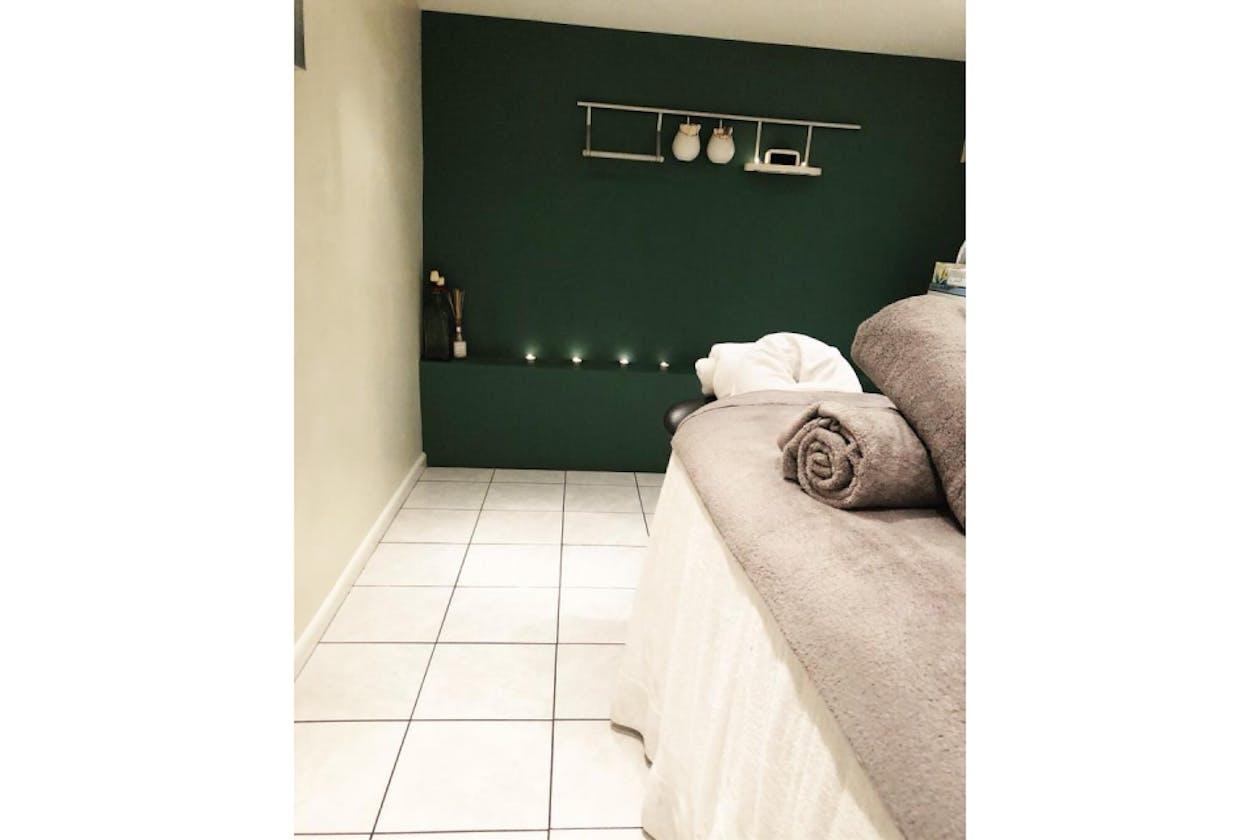 Gloss Beauty Salon image 2