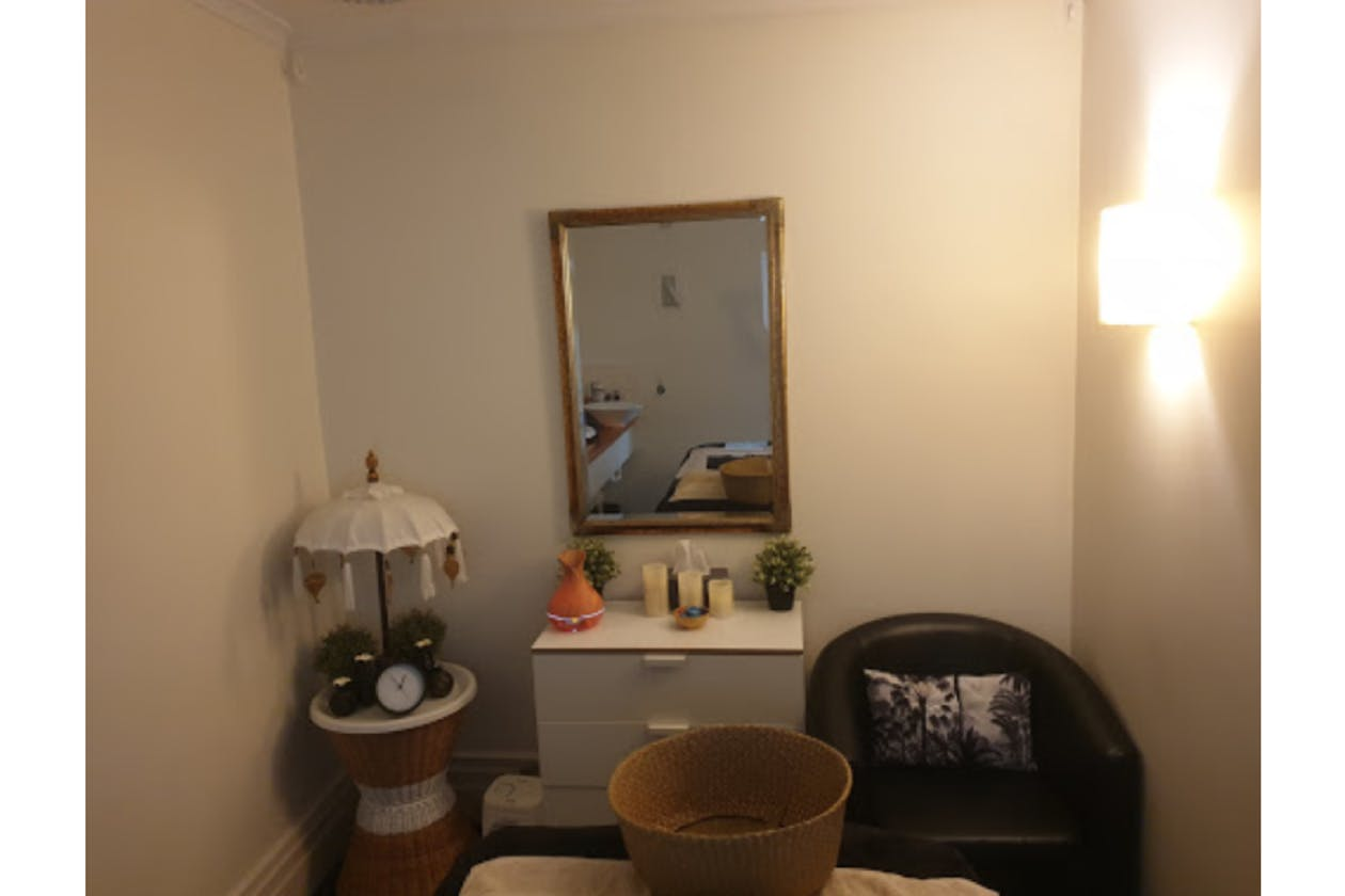 Balinese Therapeutic Massage and Facial image 3