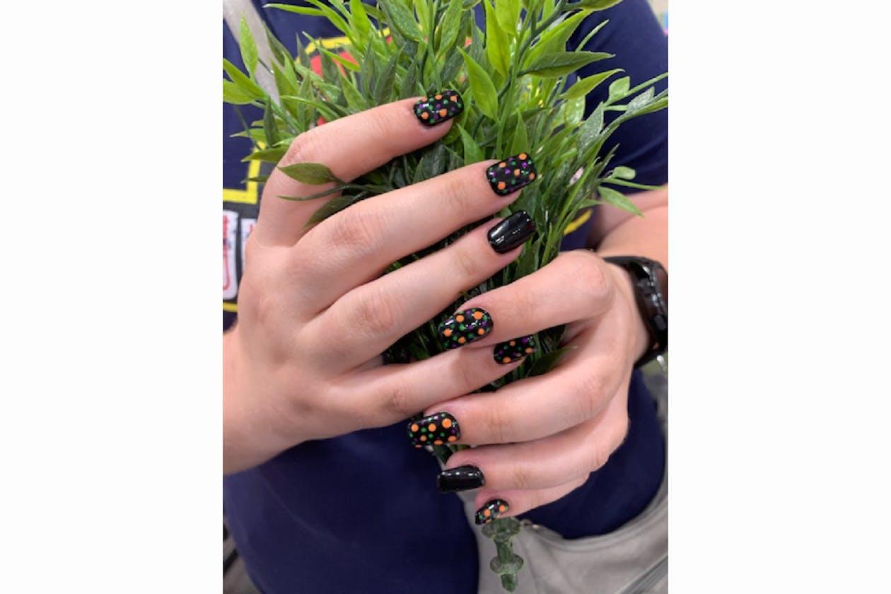 Kimmys Hair Nails & Beauty image 40