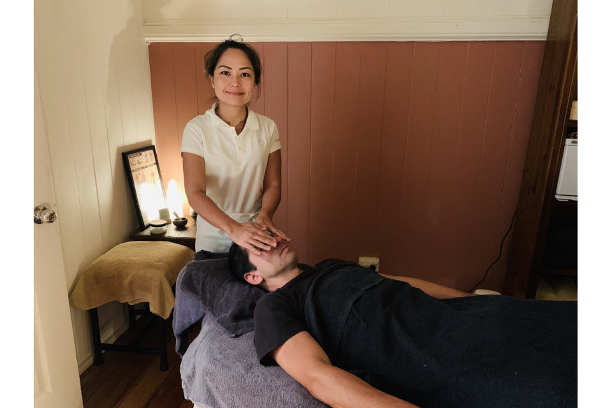Miracle Workers Massage & Holistic Therapies image 3