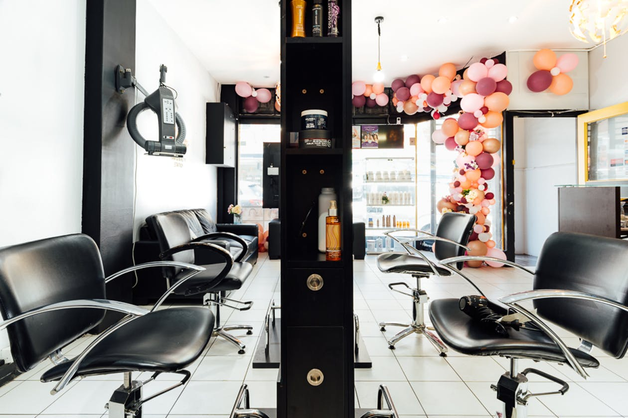 Glam Hair and Beauty Station image 1