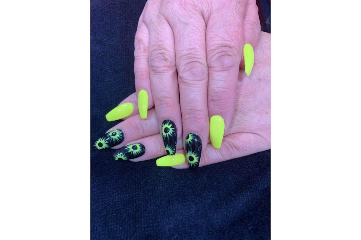 Kimmys Hair Nails & Beauty image 33