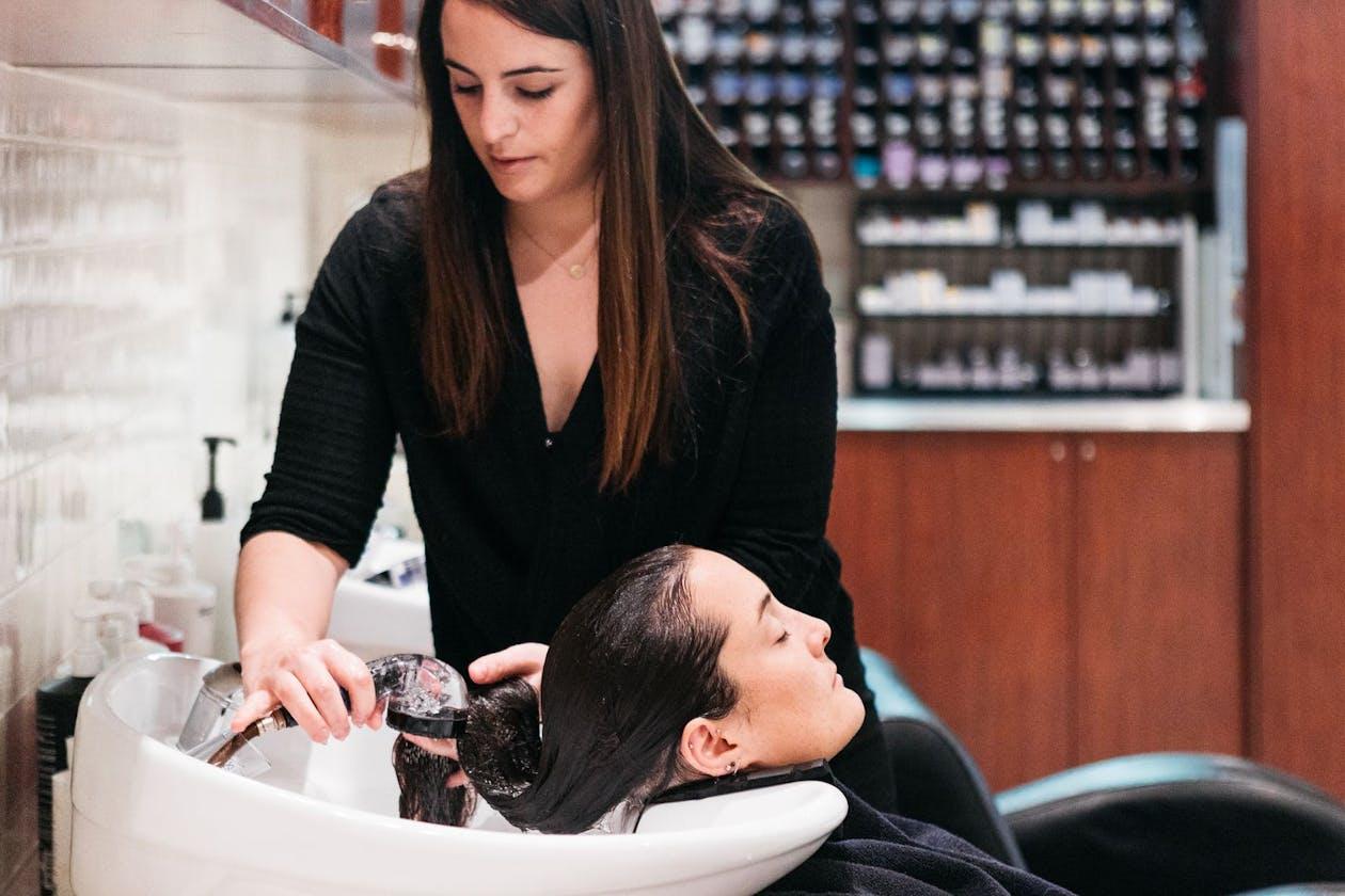Raw Edge Hair and Beauty Salon image 2