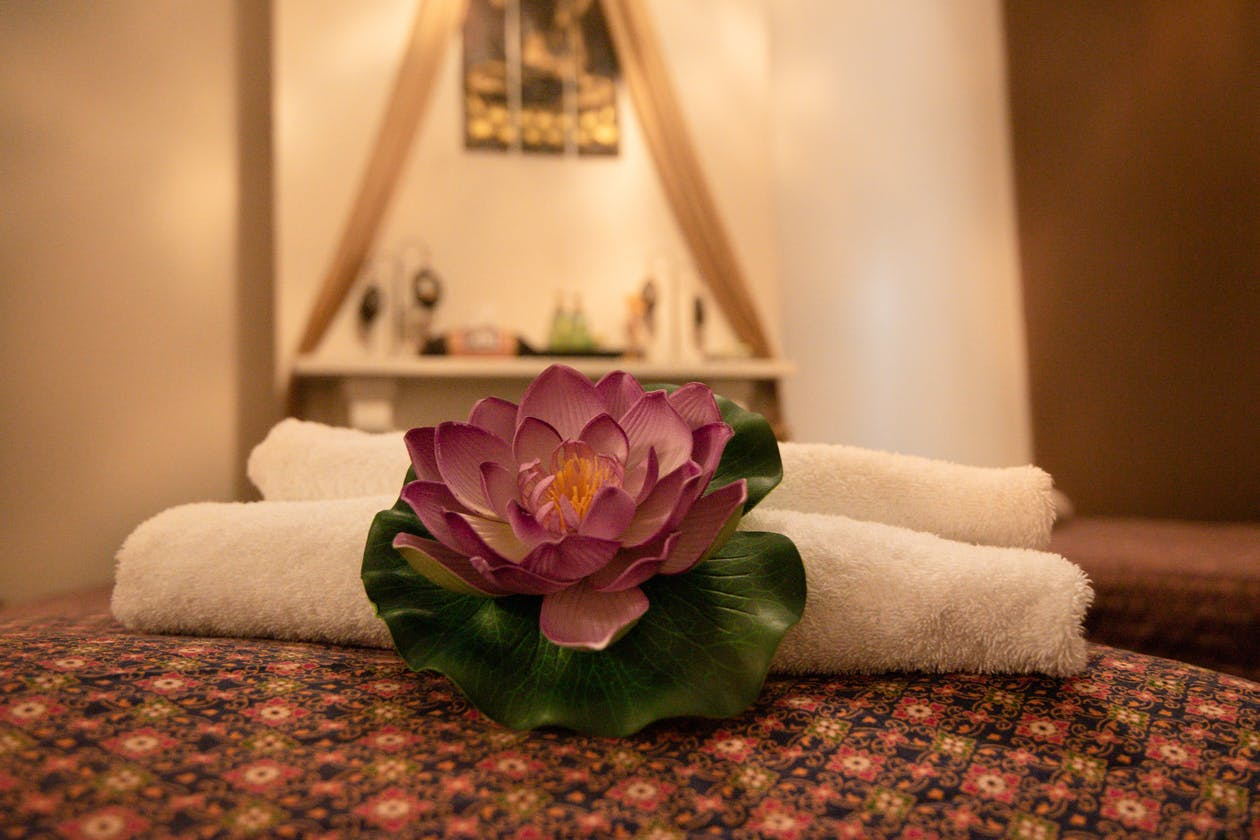 Royal Lotus Thai Massage image 5