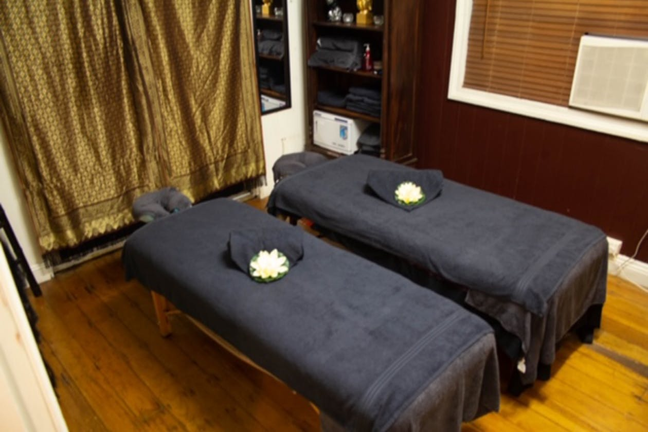 Miracle Workers Massage & Holistic Therapies image 4