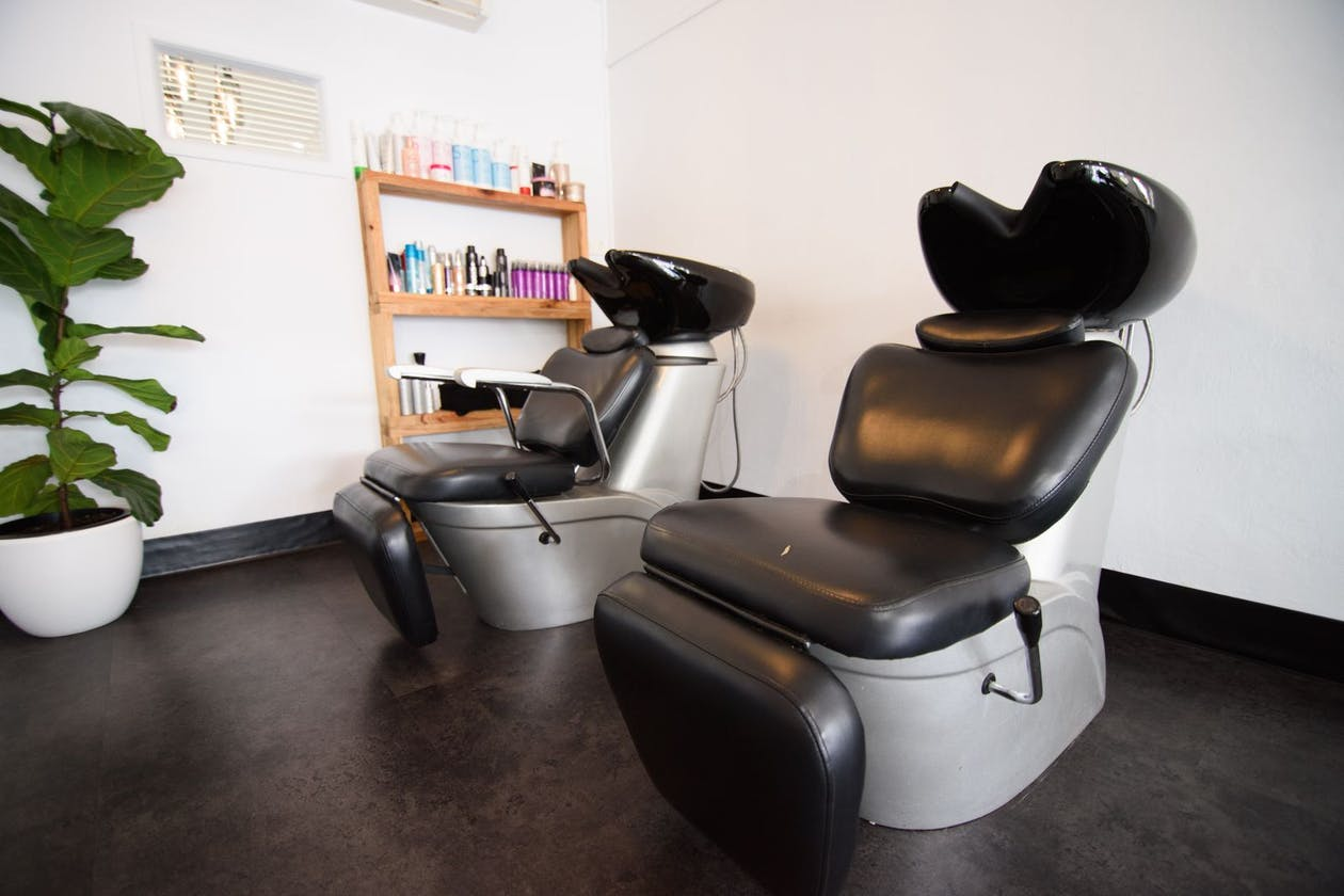 Cerisse Hairstylists image 3
