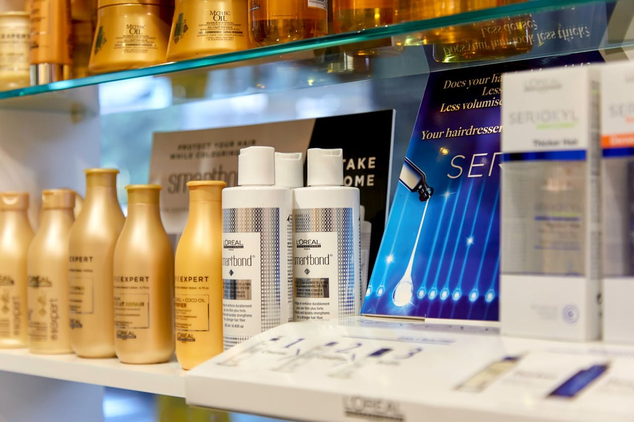 The Hue Hair Salon image 10