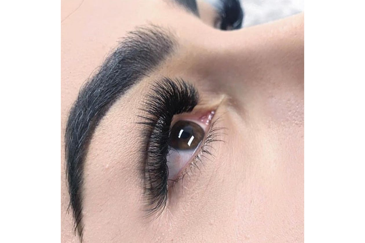 Buff & Co Lashes and Beauty - Doncaster image 4