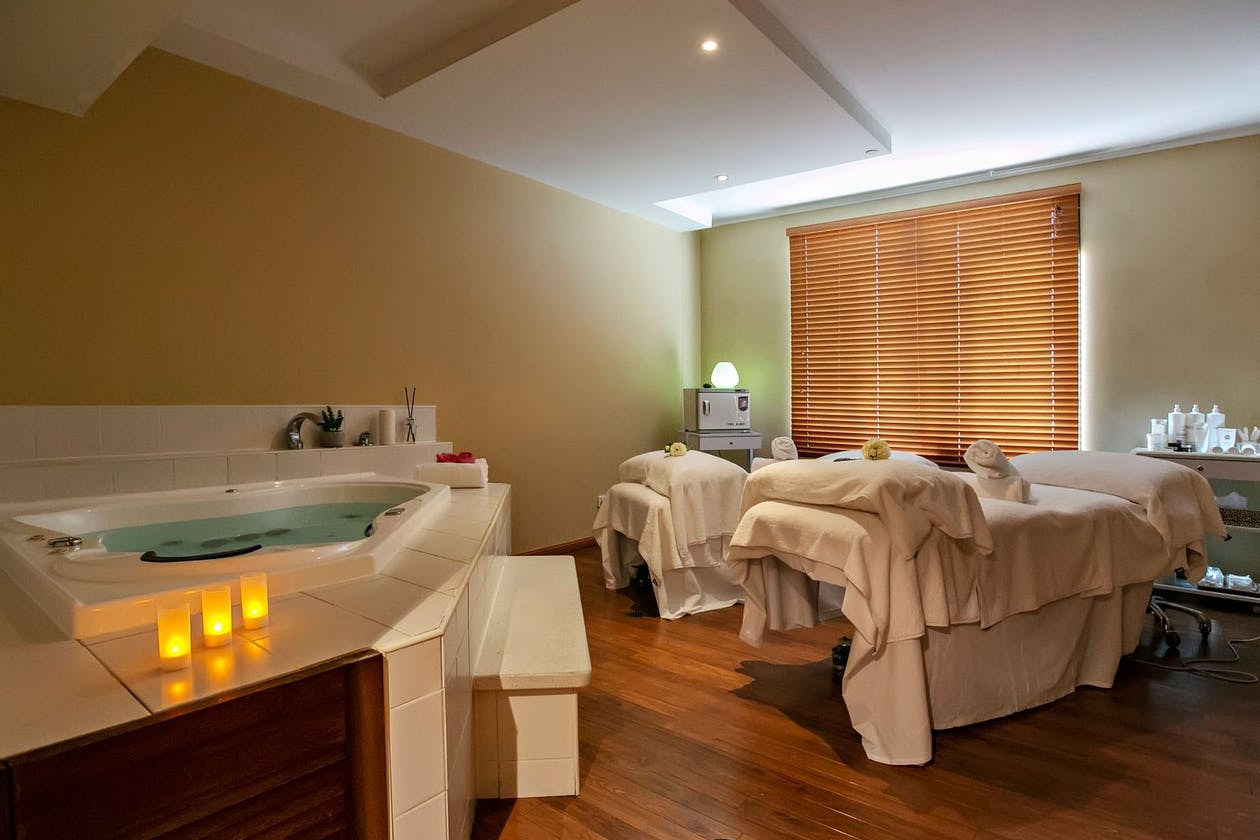 L'Aqua Day Spa image 1