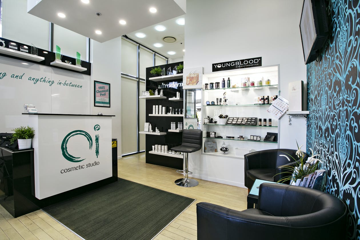 Oi Cosmetic Studio