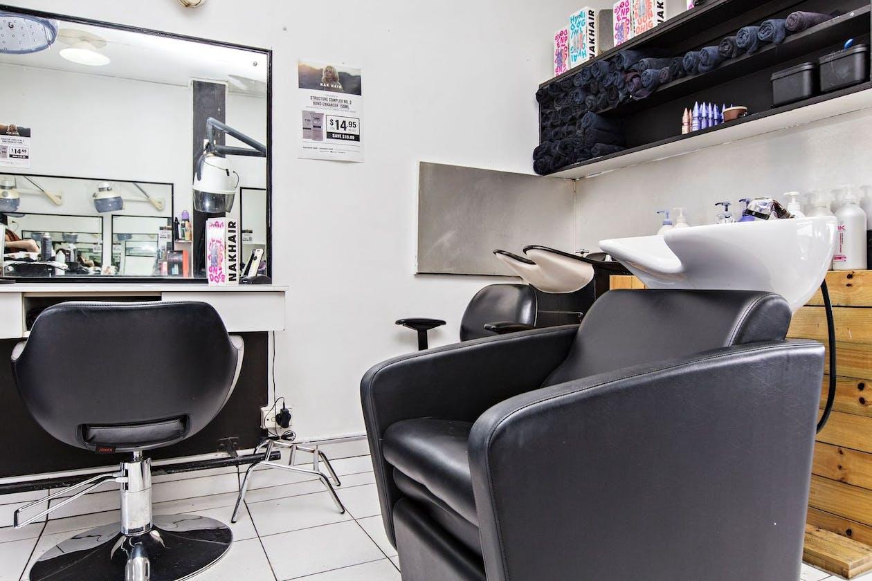 AW Hair Studios image 7