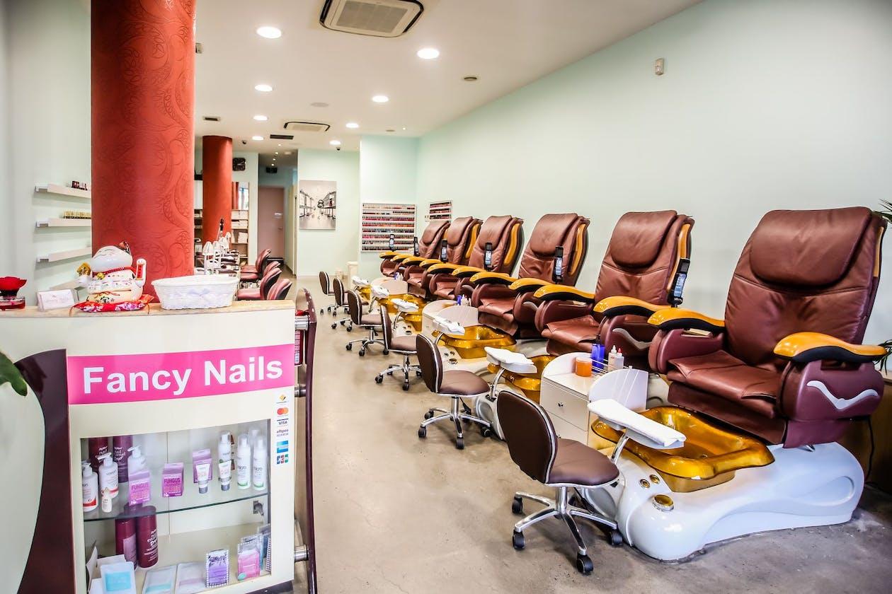 Fancy Nails Salon image 3