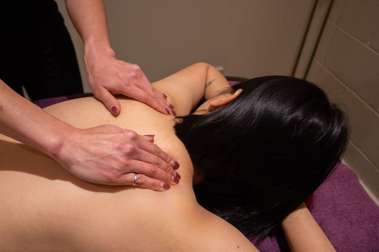 Red Lotus Massage - Brighton image 10