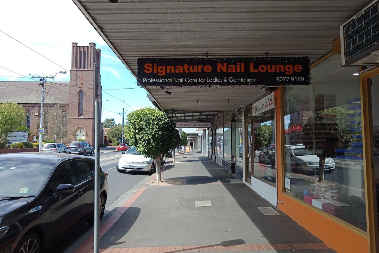 Signature Nail Lounge