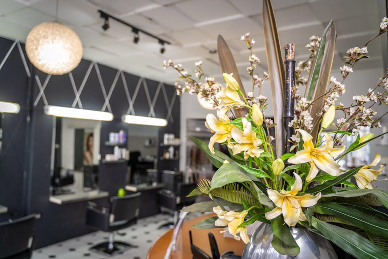 Dare II Hair Studio image 7