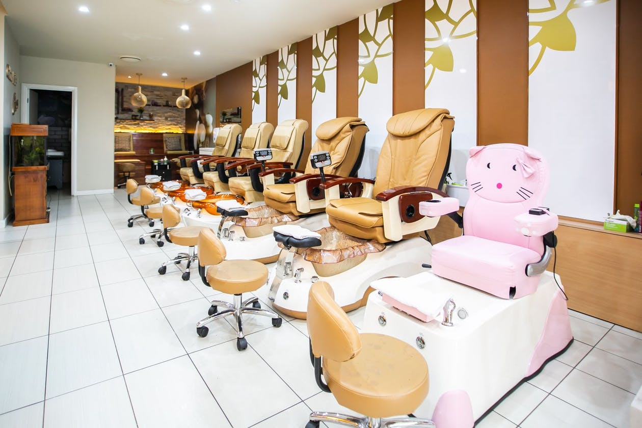 Golden Nails Care - South Yarra image 2