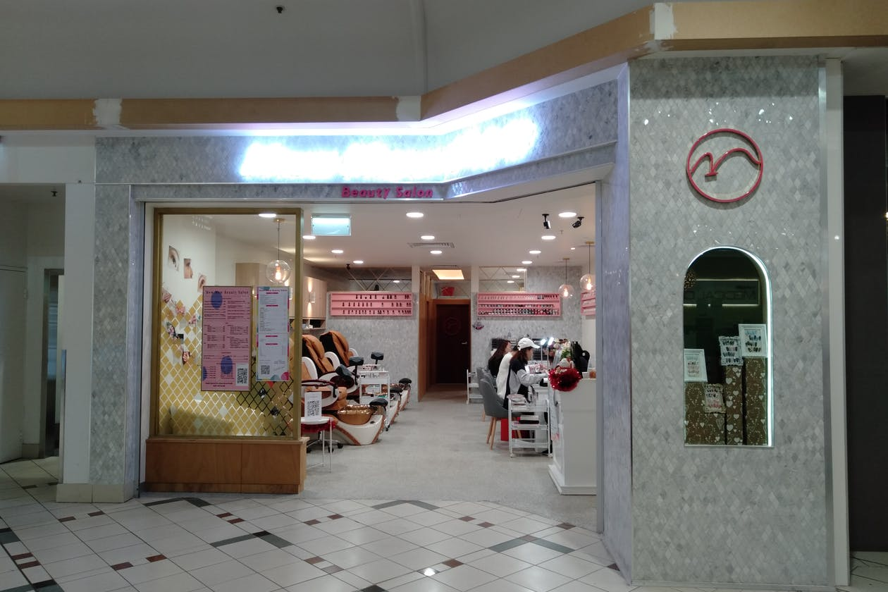 Mew Mew Beauty Salon