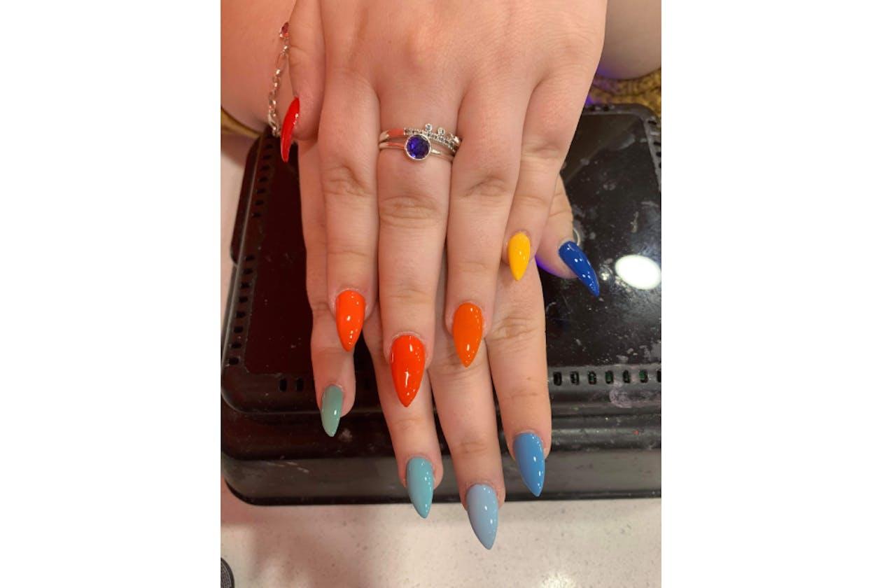 Kimmys Hair Nails & Beauty image 37