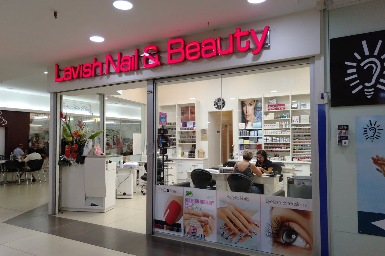 Lavish Nails & Beauty