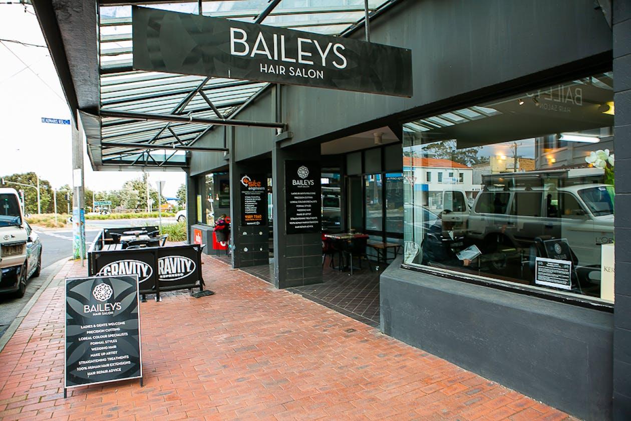 Bailey's Hair Salon image 15