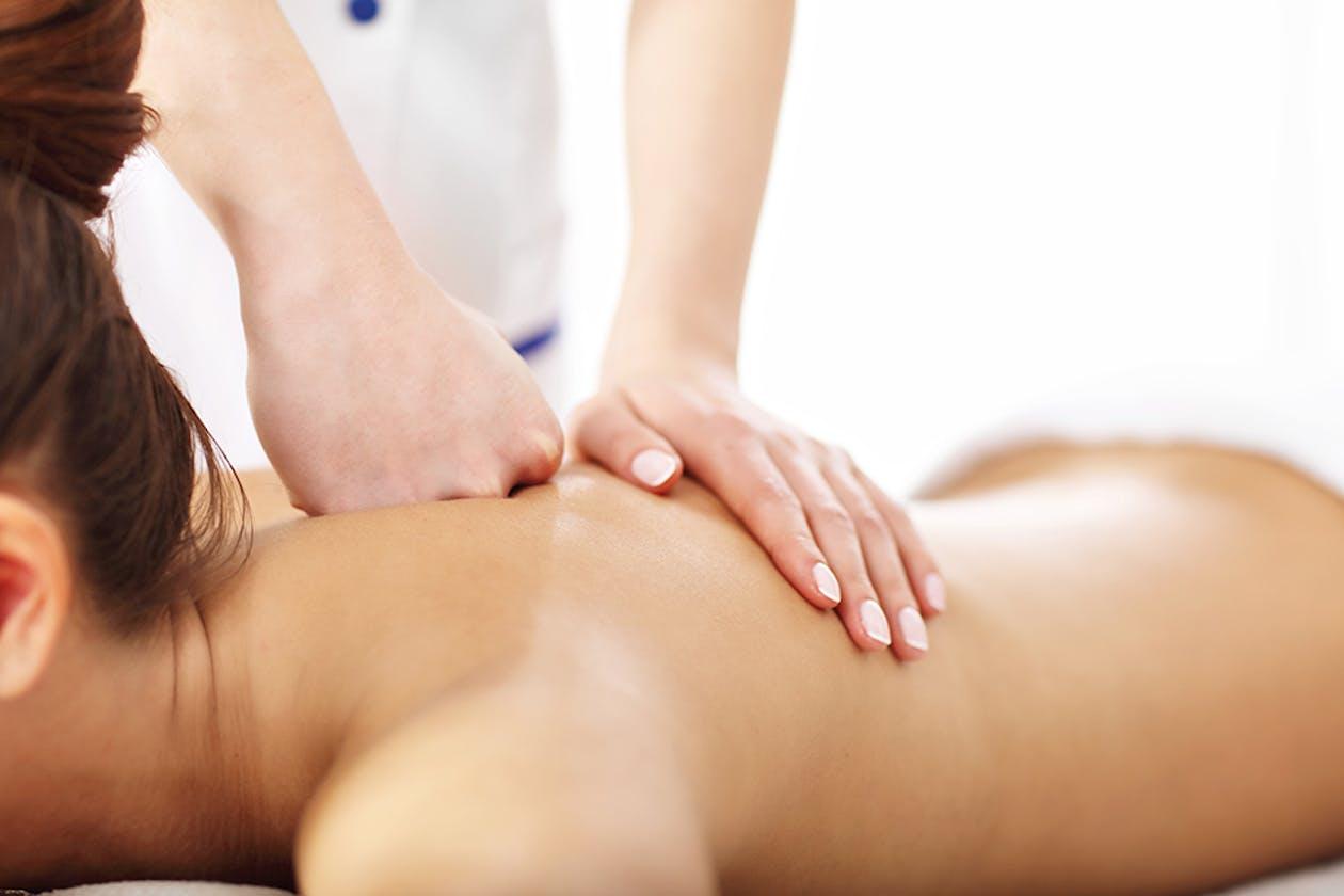 Royal Herbal Thai Massage image 3