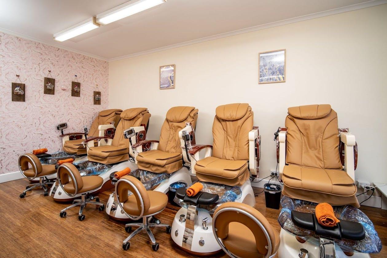 Golden Nails Care - Heidelberg image 1