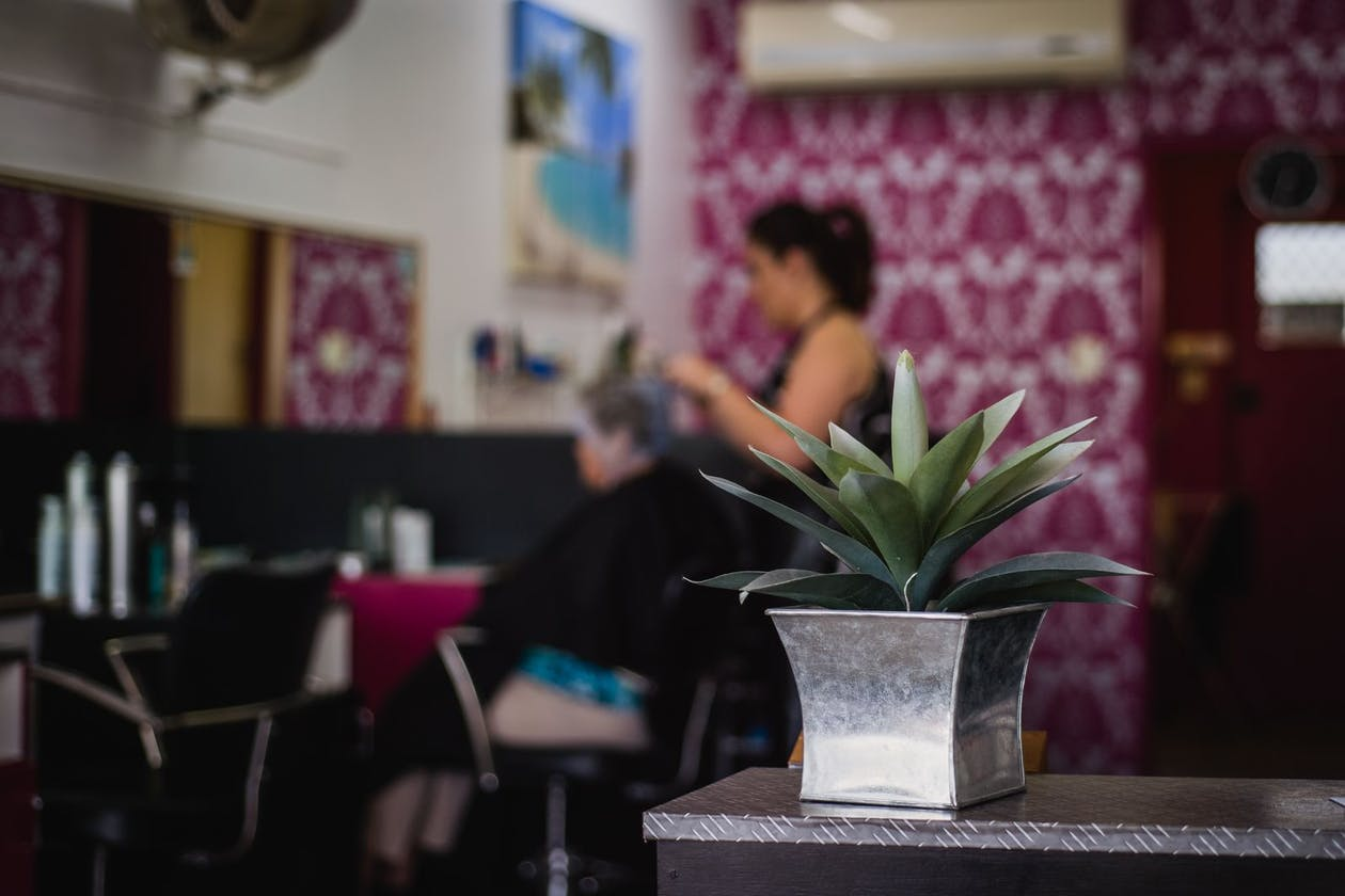 RJ's Hair Studio image 6