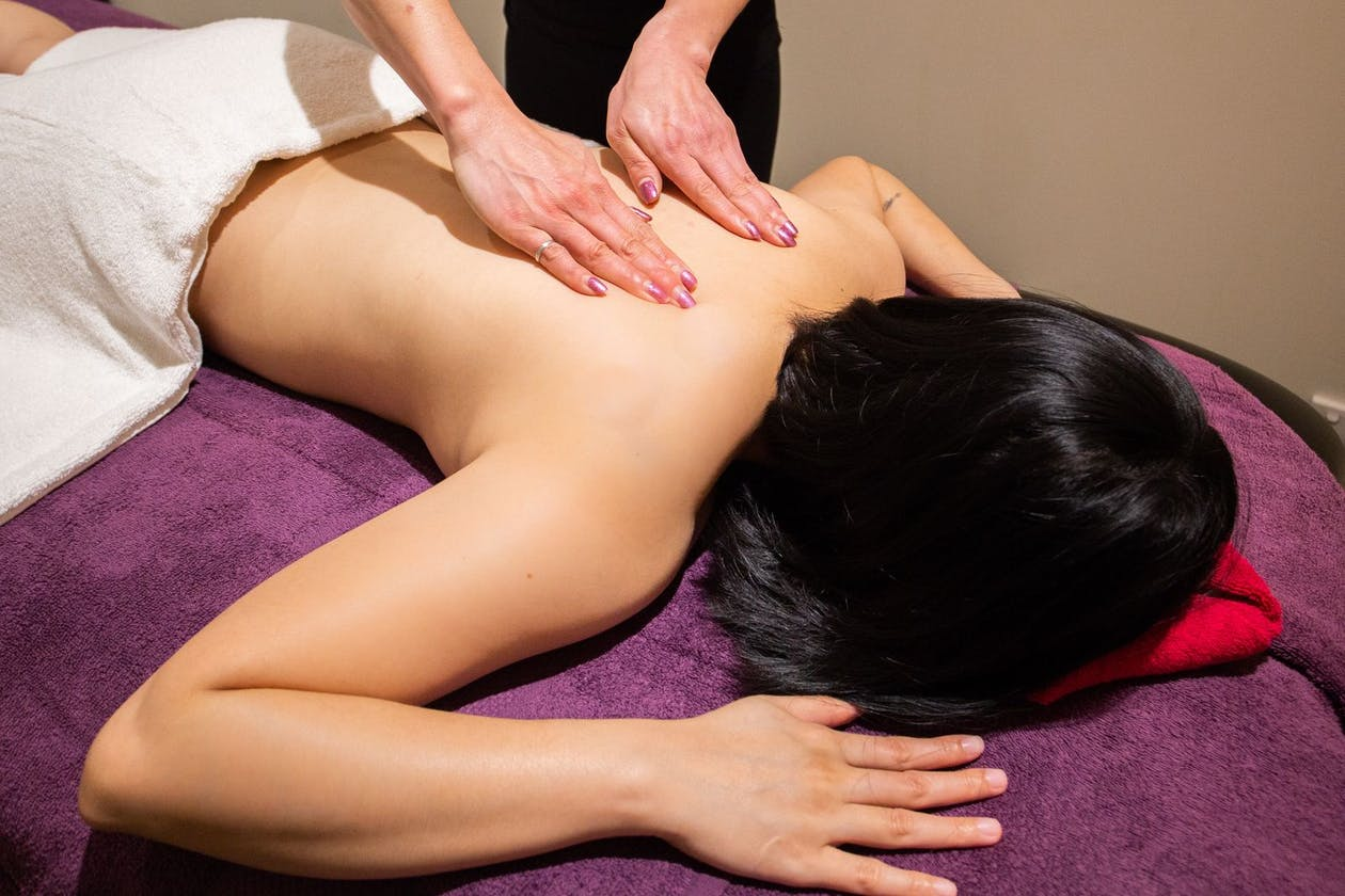 Red Lotus Massage - Brighton image 9