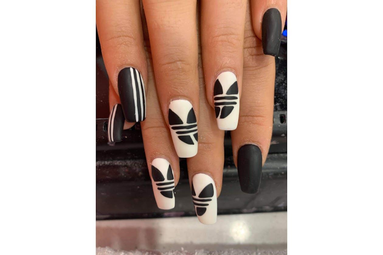 Kimmys Hair Nails & Beauty image 28