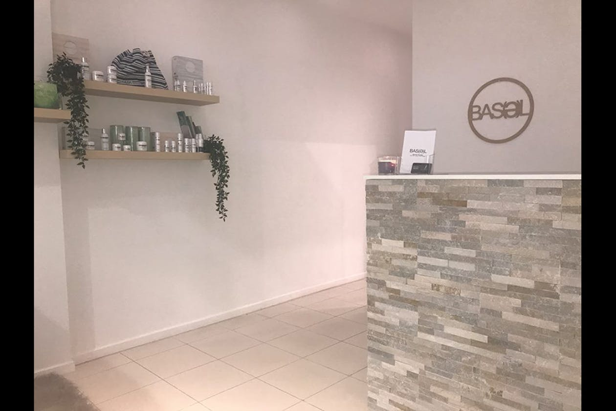Oasis Hair, Beauty, Spa, Massage & Wellness Centre