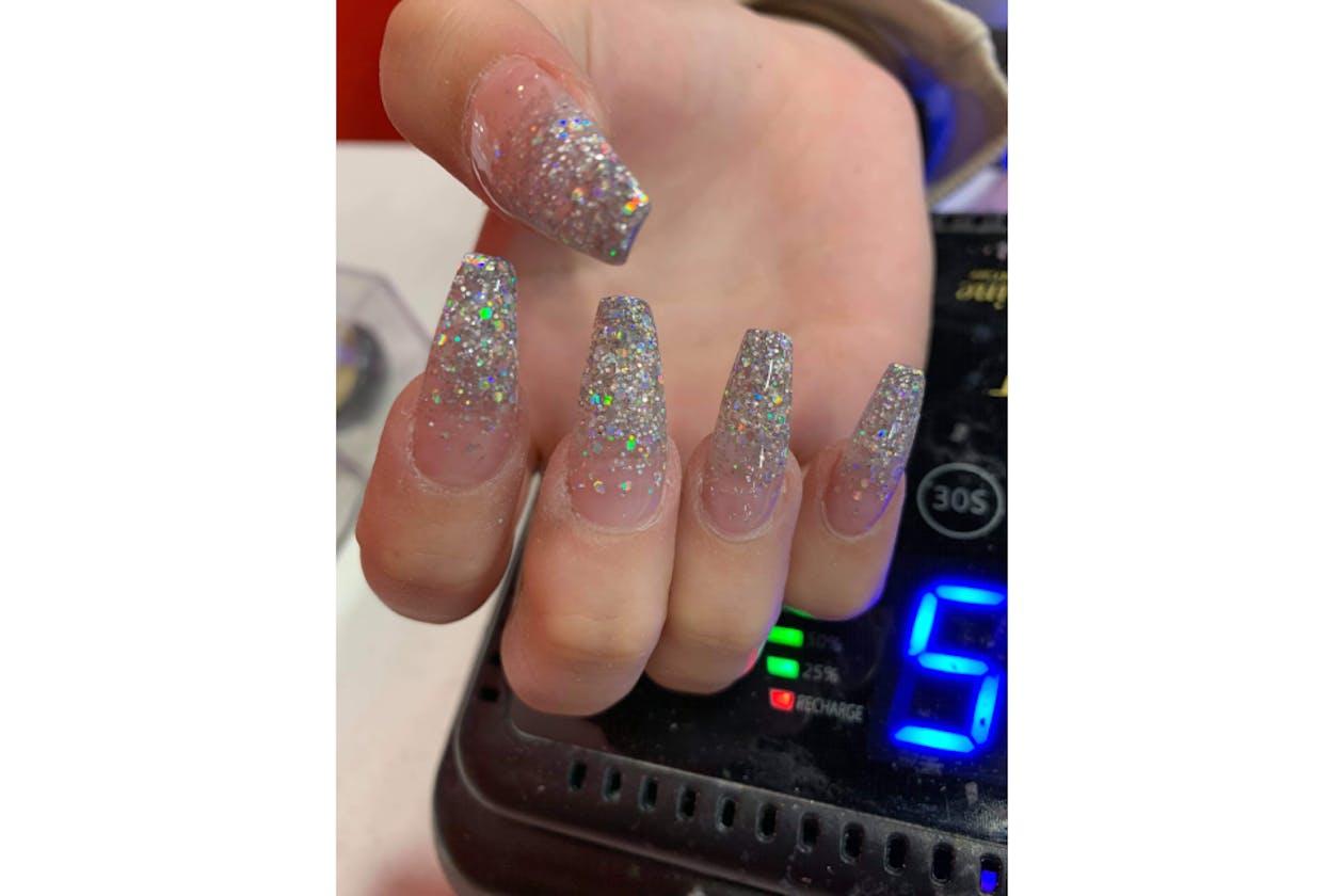 Kimmys Hair Nails & Beauty image 30