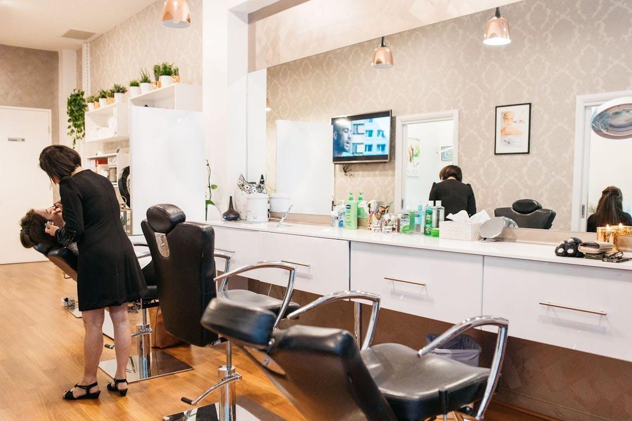 Beauty Brow & Lash Bar image 5