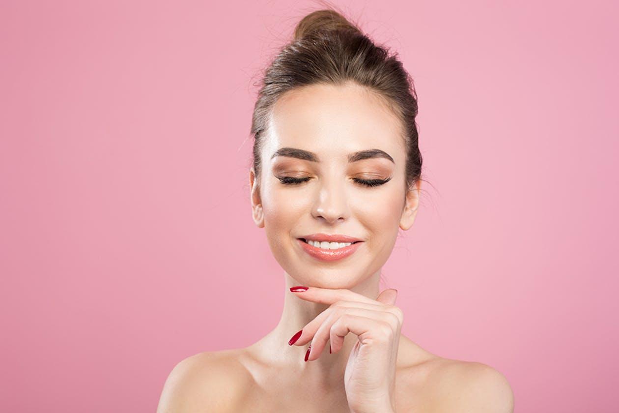 Vegan Eyelash Extensions image 1