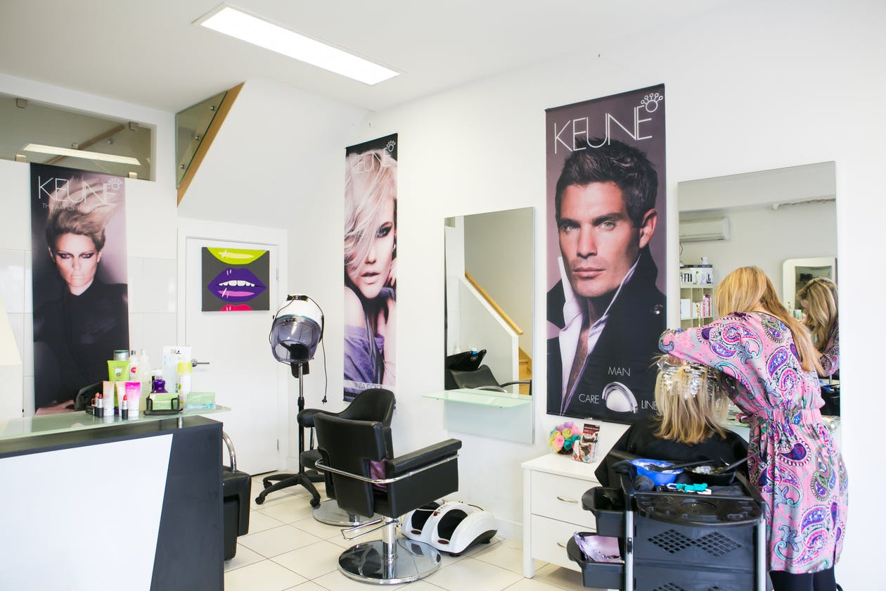 Modern Touch Hair & Beauty image 3