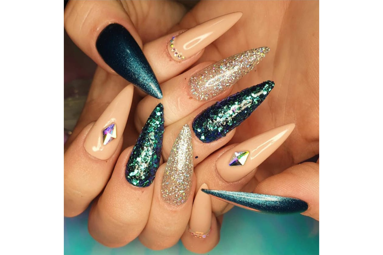 Be Dazzled Nails image 1