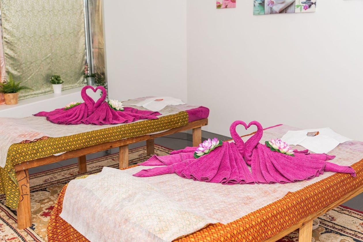 Nana Thai Massage and Beauty image 4