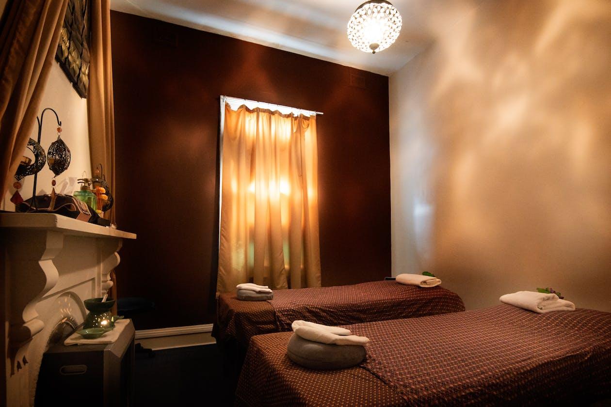 Royal Lotus Thai Massage image 4