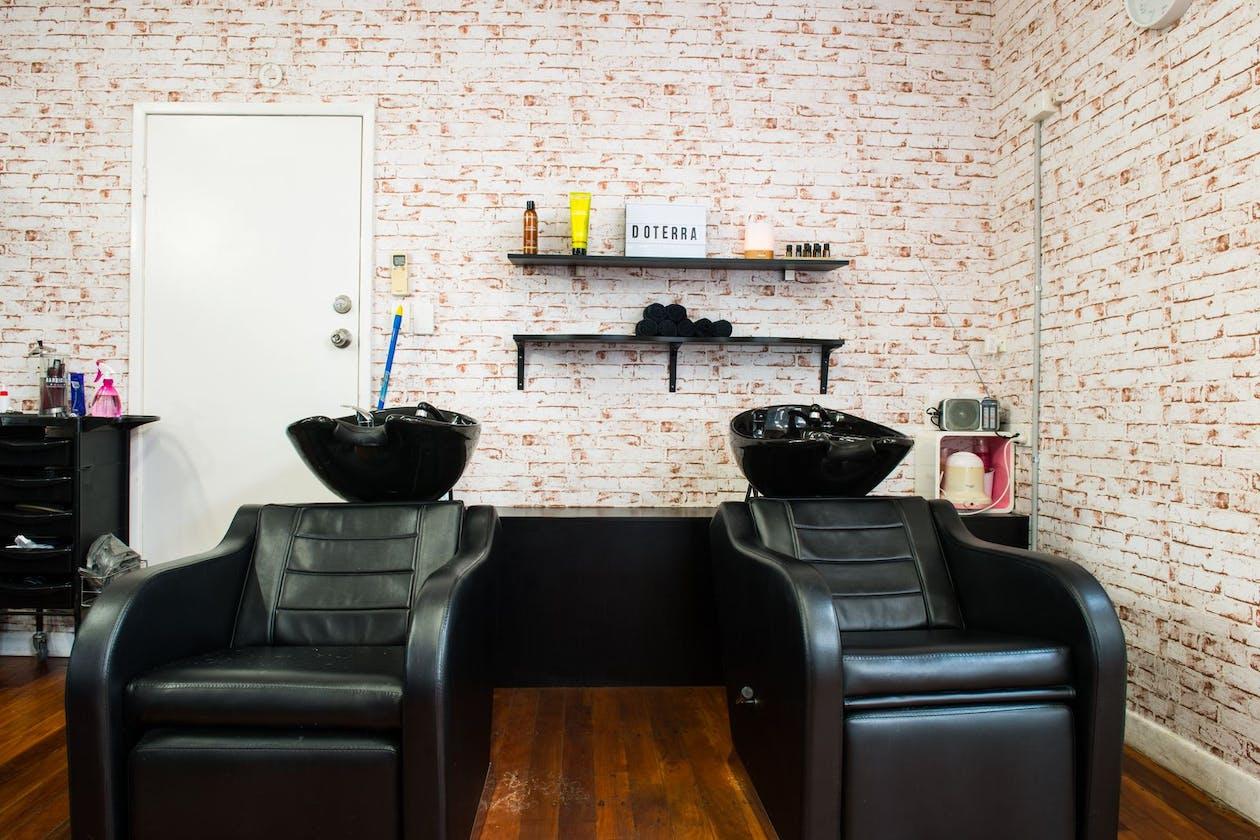 Sergio's Salon image 3
