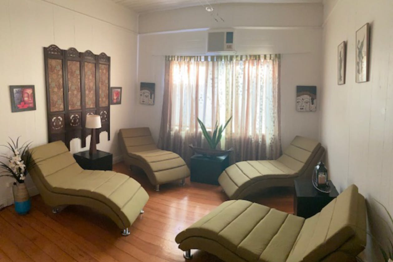 Miracle Workers Massage & Holistic Therapies image 1