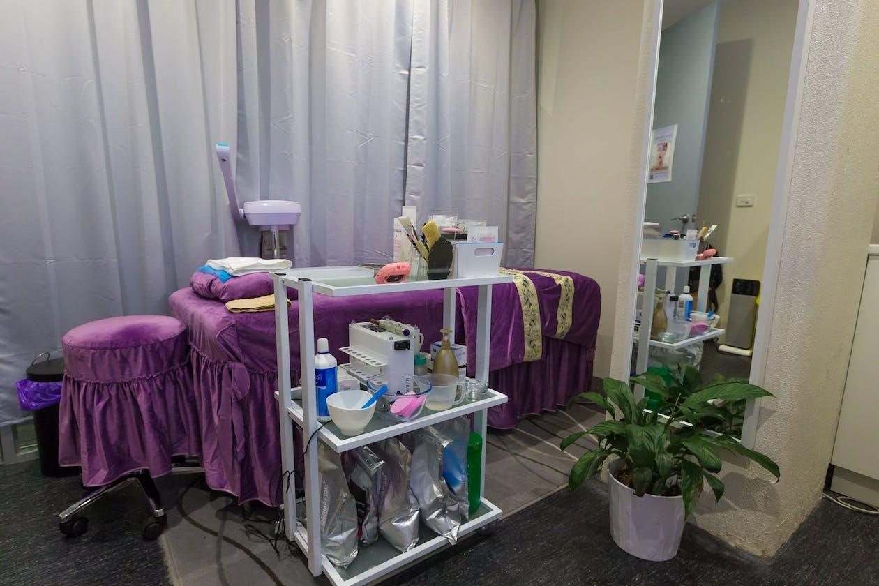 V&Co Beauty Clinic image 6
