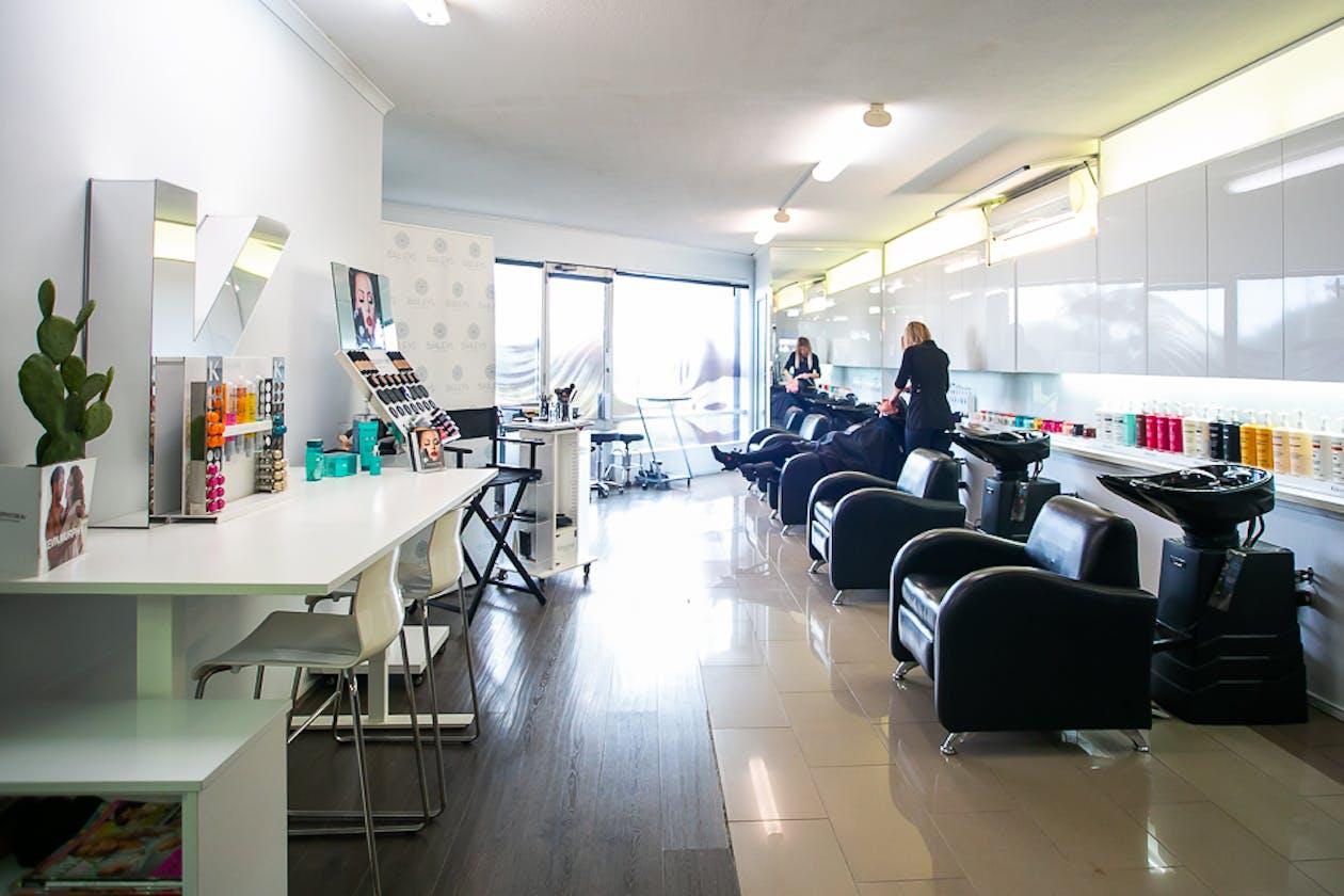 Bailey's Hair Salon image 2